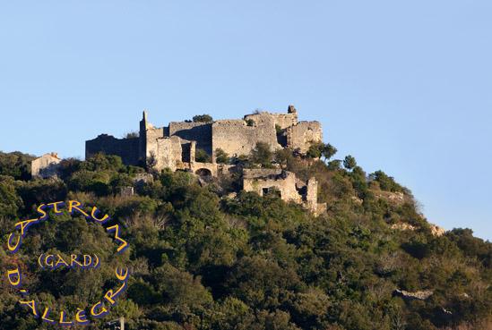 Le village au pieds du Castrum