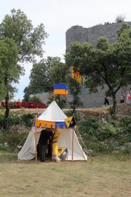 La tente aux costumes