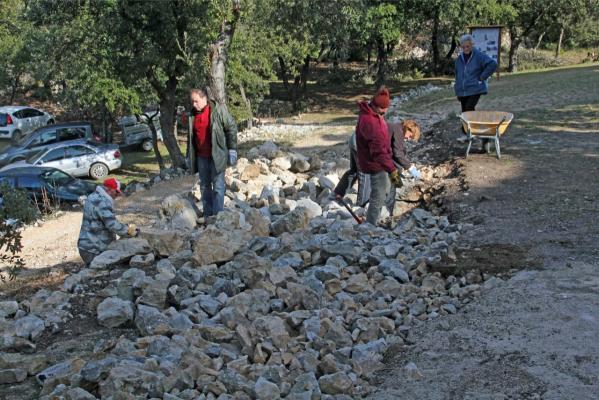 Approvisionnement en pierres