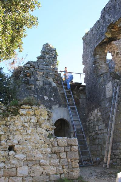 Accès à la tour